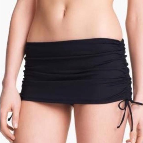 La Blanca Other - La Blanca Skirted Ruched Bikini Bottom Black